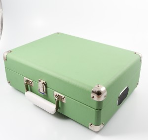 attache-green-01
