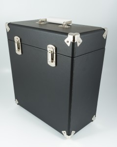 gpo-vinylcase-black-02