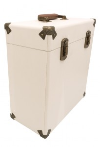 gpo-vinylcase-creamtan-01